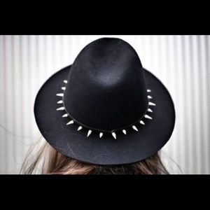 Zara Black cowgirl hat with spikes